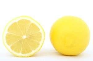 making lemon juice